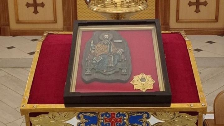 В Самару привезли мощи Николая Чудотворца