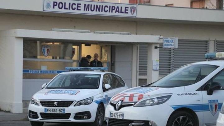 Мужчина с ножом пытался проникнуть в еврейскую школу во французском Марселе