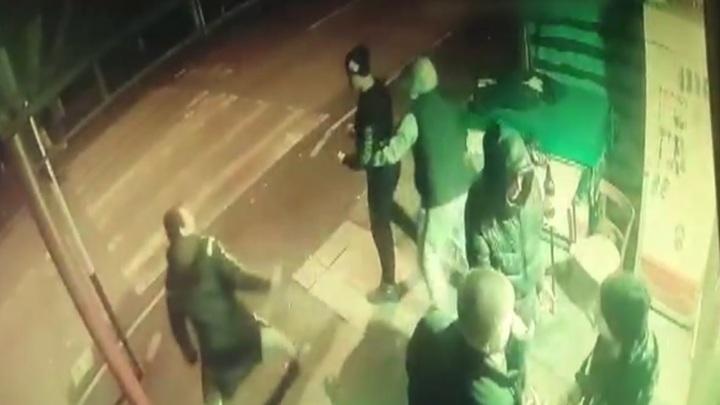 Жители Амурской области лишились денег и смартфона во Владикавказе. Видео
