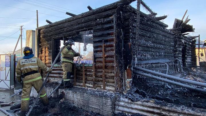 Я будила людей и тащила их к окну: сотрудница дома престарелых рассказала подробности пожара