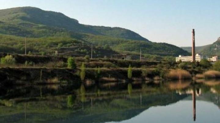 Севастополь начал получать воду из озера у горы Гасфорта