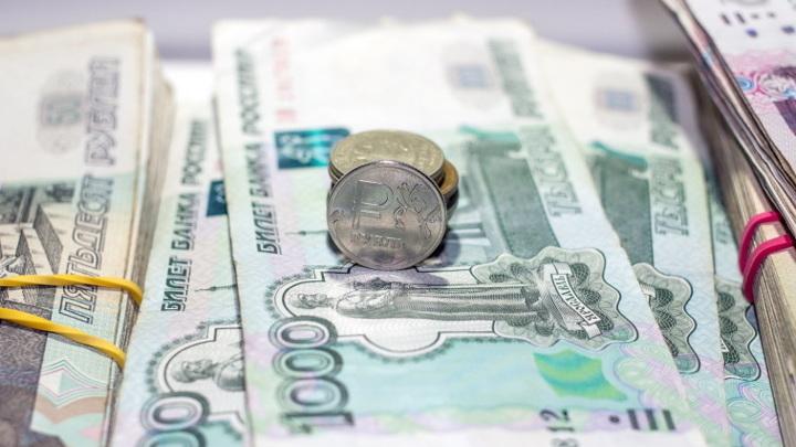 Пензенец почти миллион рублей зачислил на счета 28 абонентских номеров
