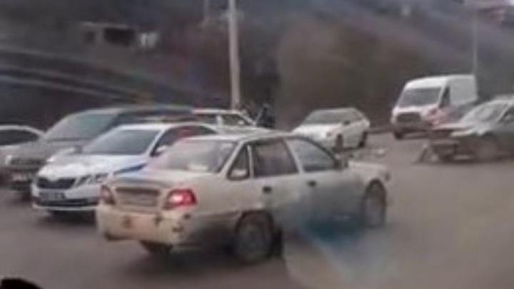 Массовое ДТП с грузовиком произошло в Крыму