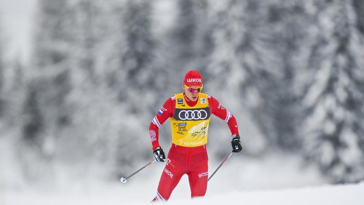 Большунов занял пятое место в скиатлоне