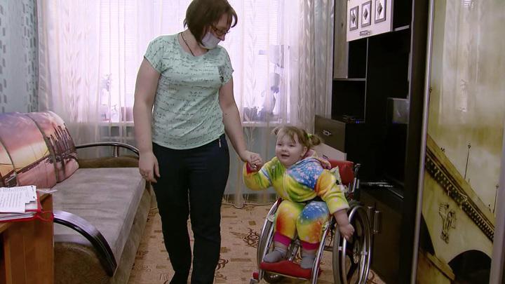 Указ президента: детей-инвалидов будут обслуживать вне очереди