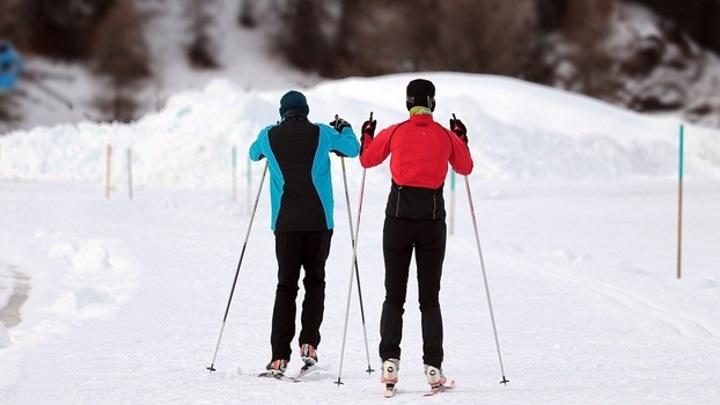 Под Самарой во время лыжной прогулки умер мужчина