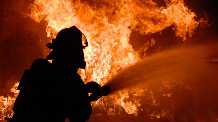 Пожар на нефтехимическом заводе в Уфе полностью ликвидирован