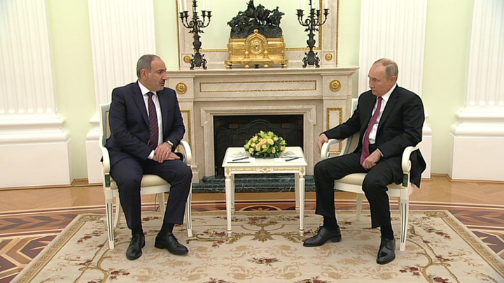 Песков рассказал, о чем поговорят Путин и Пашинян