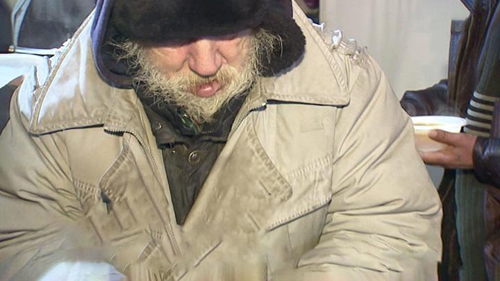 В Москве привиться от COVID-19 могут бездомные