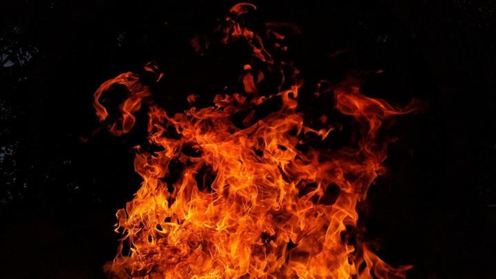В Хабаровске двое детей и трое взрослых погибли на пожаре