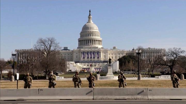 Круговая оборона Капитолия: репортаж из американской столицы