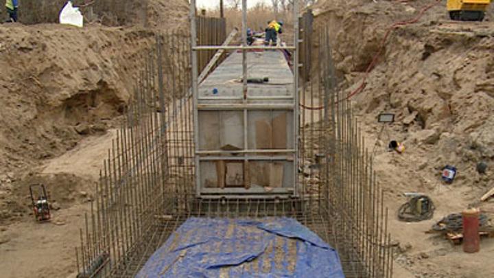 В Волго-Ахтубинской пойме возводят систему гидротехнических сооружений