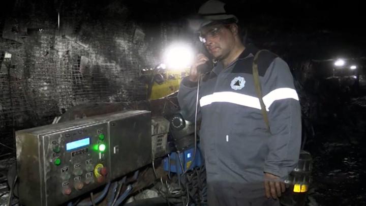 К обрушению на шахте в Кузбассе привел внезапный выброс газа