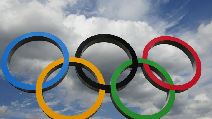 Власти Японии не принимали решения об отмене Олимпиады и ее переносе на 2032 год