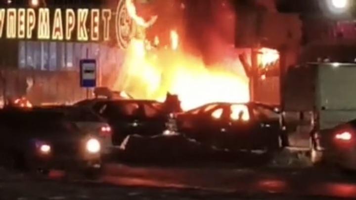 Сотрудники полиции установили мужчину, который угрожал взрывом на незаконной акции в центре Москвы