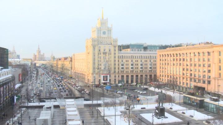 Москва бьет рекорды: минус вернется лишь к выходным