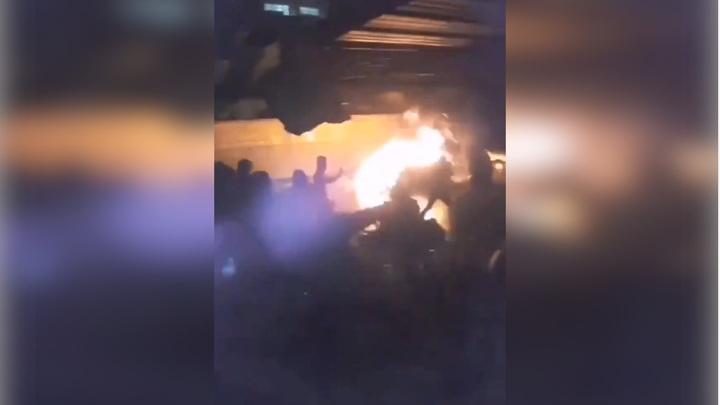 Беспорядки в Ливане: в полицейских бросили боевую гранату