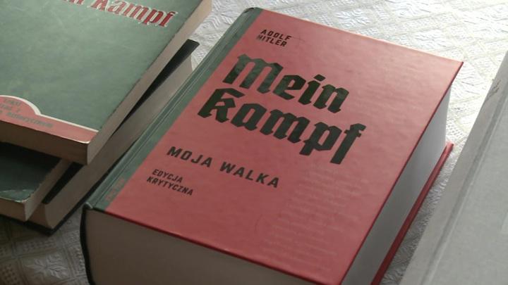 Их борьба: в Польше издали новый перевод книги Гитлера