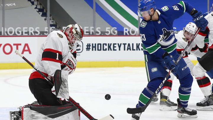 """""""Ванкувер"""" нанес """"Оттаве"""" шестое поражение кряду в НХЛ"""