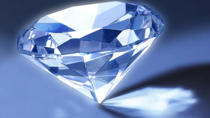 Алмаз преподнёс физикам очередной сюрприз.