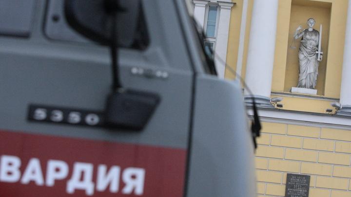 Двоих силовиков ранили при проверке документов в Карачаево-Черкесии