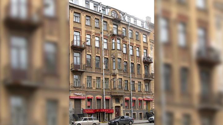 В Петербурге отремонтировали доходный дом Эдельгауз, где тайно выступал Ленин
