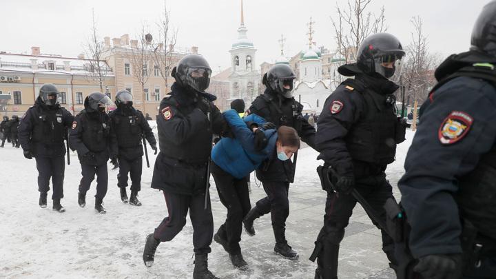 Американские дипломаты обратились к российским властям