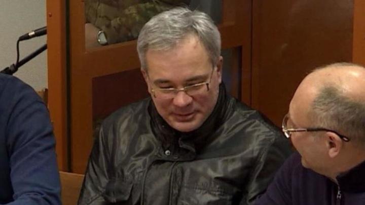 В Архангельске экс-глава налоговой приговорен к 8 годам тюрьмы и 28-миллионному штрафу