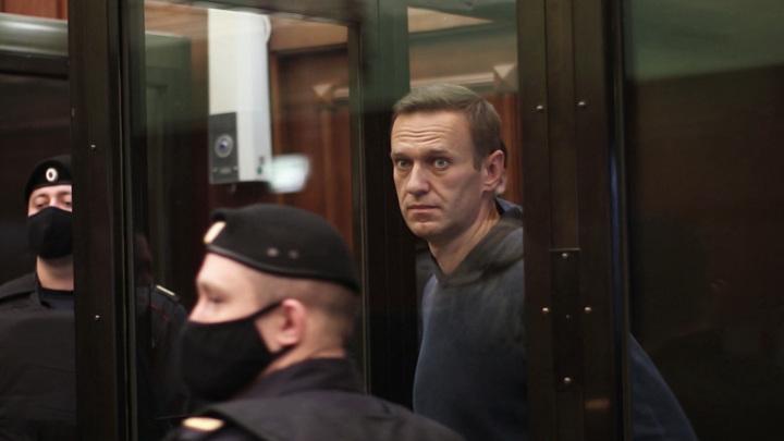 Навального уличили в безразличии и склонности к репрессиям