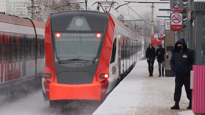 Электрички задерживаются на МЦД-2, а также Курском и Рижском направлениях