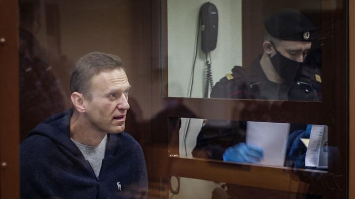 """Омбудсмен: у """"гражданских"""" врачей нет опасений по поводу здоровья Навального"""