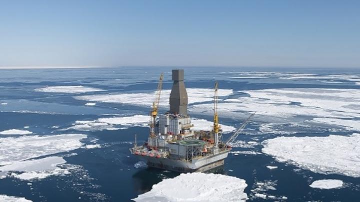 Стоимость нефти продолжает активно расти