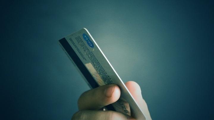В 2020 году мошенники украли у россиянки рекордную сумму денег: 400 млн рублей