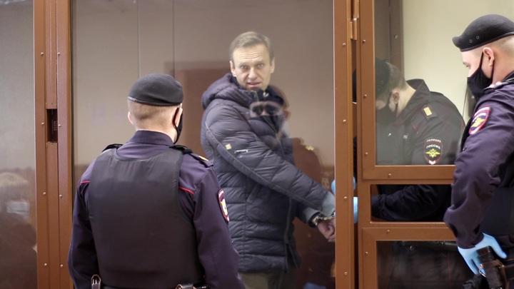 ФСИН отказалась раскрыть место пребывания Навального, сославшись на закон