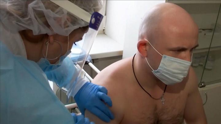 70 процентов населения России пройдут вакцинацию от коронавируса к ноябрю