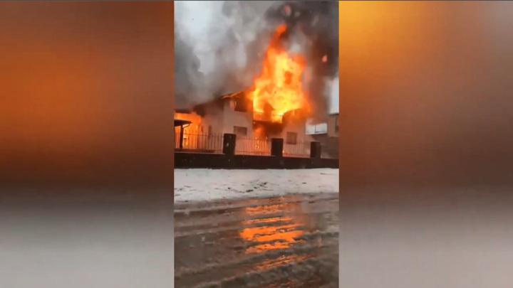 В Абхазии двое малолетних детей погибли в сгоревшей гостинице