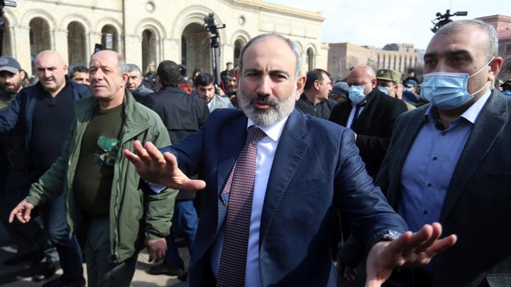 Кризис в Армении: оппозиция не намерена уступать Пашиняну
