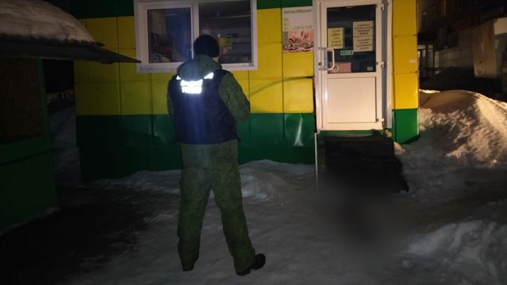 Тело ребенка в нижнем белье обнаружили на улице в Вольске