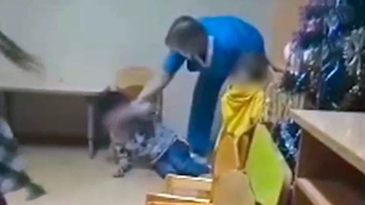 В Перми уволили медсестру, ударившую ребенка