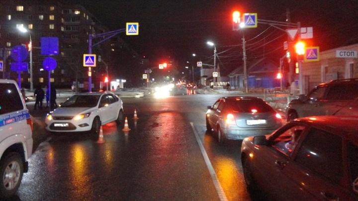 В Орле девочку-подростка сбили на пешеходном переходе