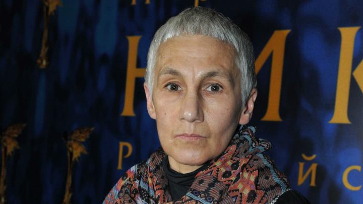 В киевском аэропорту задержали заслуженную артистку России