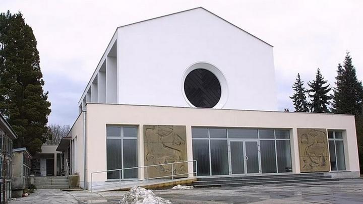 Печь крематория в Карловых Варах сломалась из-за высокой нагрузки