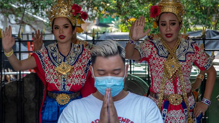 В Таиланде ужесточают антиковидные меры в связи со вспышкой заболевания