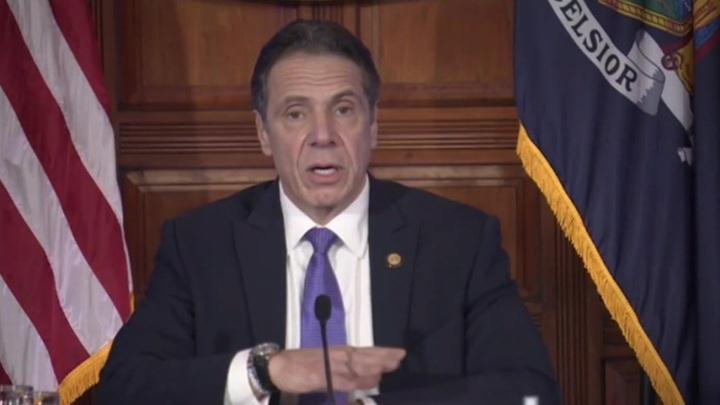 Губернатору штата Нью-Йорк Куомо грозит импичмент