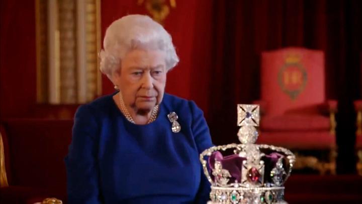 У Елизаветы II родился десятый правнук