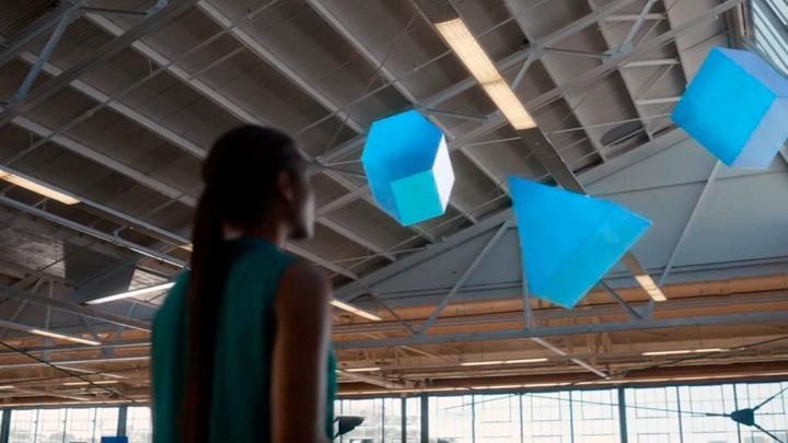 Facebook показал браслет для управления виртуальными предметами