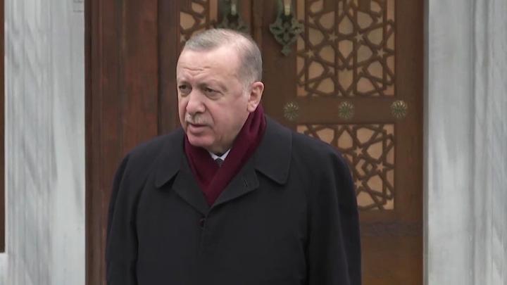 Эрдоган выразил Путину глубокие соболезнования в связи с трагедией в Казани
