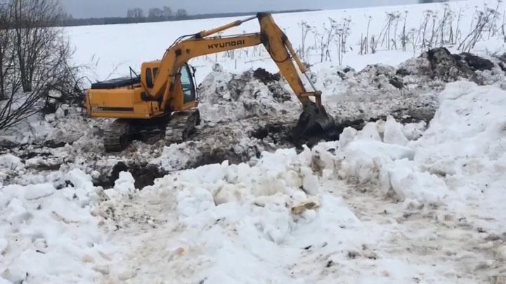 Жители Подмосковья возмущены уничтожением родников и продажей земли у реки