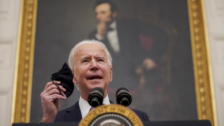 """""""Бомбы и пули не спасут нас от COVID-19"""", – отмечает президент США"""
