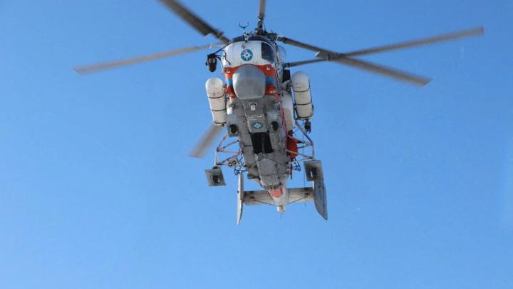 В Куршском заливе начались работы по подъему упавшего вертолета